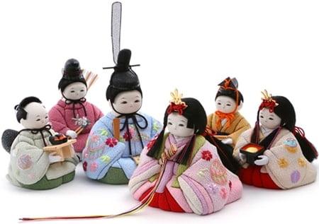 雛人形のこれまでの背景について